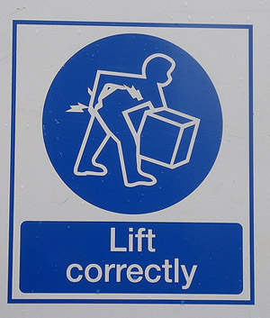 Lift correctly, to avoid getting hurt on the road