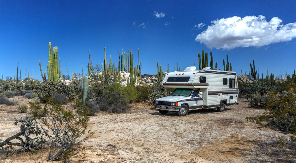 RV boondocking for beginners in the Mexico desert