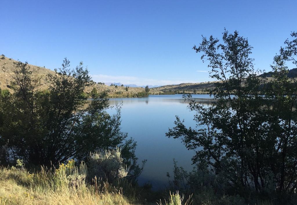 Free lakeside camping in Wyoming, at Ring Lake