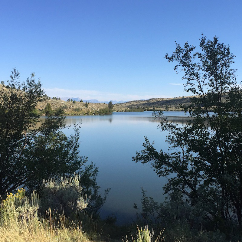 Free lakeside camping by Ring Lake, Wyoming